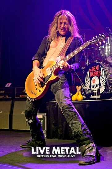 TheDeadDaisies081817_28