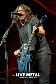 FooFighters101217_17