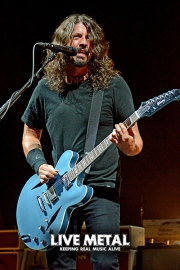 FooFighters101217_24