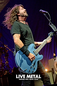 FooFighters101217_36