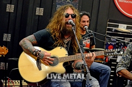 TheDeadDaisies_GuitarCenter083118_10