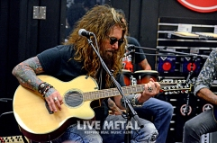 TheDeadDaisies_GuitarCenter083118_13
