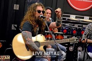 TheDeadDaisies_GuitarCenter083118_15